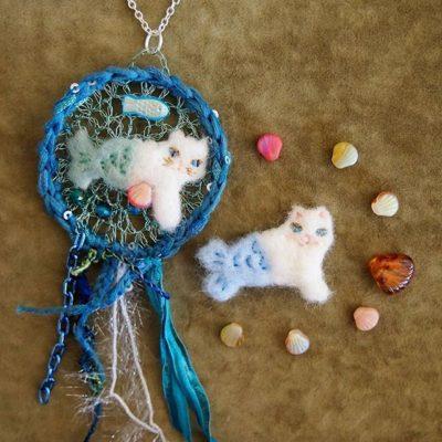 mermaid cat pendant